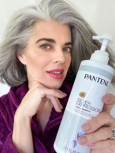 Shining Bright This Holiday Season with Pantene Silver Expressions Pelo Color Plata, Makeup Tips To Look Younger, Grey Hair Journey, Pantene, Beauty Over 40, Hair Toner, Purple Shampoo, All Things Beauty, Silver Hair