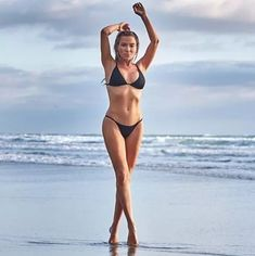 Tracy Anderson, Healthy Exercise, Cool Fabric, Powerful Women, Supergirl, Personal Trainer, Squats, Bikinis, Swimwear
