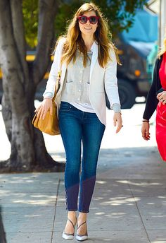 Jessica Biel embraced the warm weather before meeting a pal for lunch in Santa Monica, Calif., March 21.