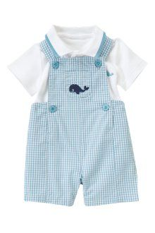 This is baby boys new out fit, i love whales