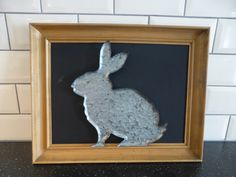 Shabby chic upcycling! Shabby Chic Upcycling, Best Baby Shower Gifts, Mom And Baby, Baby Hats, Upcycle, Moose Art, Frame, Fun, Handmade