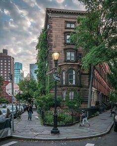East Village, Manhattan  city scene background