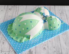 Zwangere buik taart