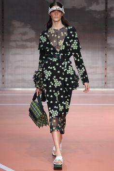 Marni Spring 2014 Ready-to-Wear Fashion Show - Carla Ciffoni