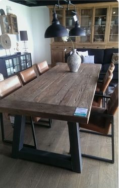 MIL ANUNCIOS.COM - MESAS COMEDOR VINTAGE madera patas metal Furniture Sets Design, Dining Furniture Sets, Farmhouse Dining Room Table, Wooden Dining Tables, Industrial Dining, Modern Industrial, Industrial Farmhouse, Industrial Furniture, Dining Room Table Centerpieces