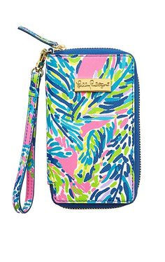Lilly Pulitzer Tiki Palm iPhone 6 Wristlet in Palm Reader