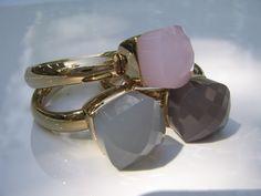 Qudo Ring FIRENZE Gold - rose quartz opal Rosa Rose, Budget Planer, Pomellato, Smell Good, How To Look Pretty, Rose Quartz, Opal, Rose Gold, Engagement Rings