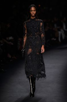 Valentino Fall 2015 Ready-to-Wear Collection