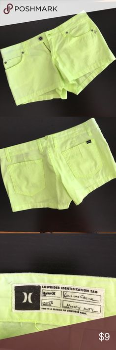 Hurley Shorts Sz 9 NWOT Color lemon/yellow, low rise, like new Hurley Shorts Cargos