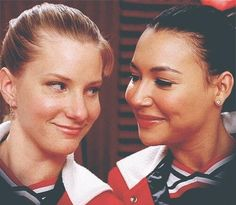 Look how they LOOk at each other <3