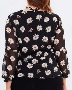Flower tie neck shirt puff sleeves style for fat women