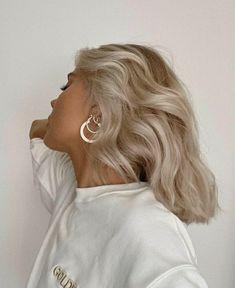 Cute Hairstyles, Wedding Hairstyles, Ice Blonde Hair, Laura Jade Stone, About Hair, Hair Goals, Hair Inspiration, Hair Cuts, Hair Color