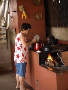 Sabe mesmo fazer café no coador de pano? Que tal curtir umas lembranças?