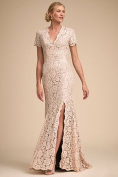 Mothers of the Bride and Groom Dresses for Summer Weddings. 10 Flattering, Class… Mothers of the Bride and Groom Dresses for Summer Weddings. 10 Flattering, Classy, and Modern Dresses for the Mothers of the Bride and Groom. Brides Mom Dress, Mother Of The Bride Dresses Long, Mother Of Bride Outfits, Bride Groom Dress, Mothers Dresses, Mom Of Groom Dresses, Mother Bride, Cocktail Bridesmaid Dresses, Mob Dresses
