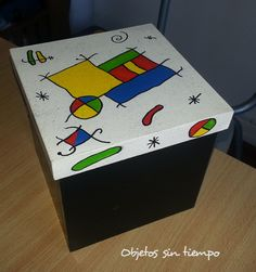 caja pintada - Buscar con Google Love Painting, Painting For Kids, Painted Boxes, Hand Painted, Tea Box, Kids Patterns, Kids Boxing, Wood Boxes, Painted Furniture