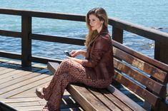 #PATTERNEDPANTS #pants #moda #fashion #patterned #pantalón #pantalones #look #pantalon #sea #mar Patterned Pants, Pants Pattern, Jackets, Fashion, Pants, Down Jackets, Moda, Patterned Jeans, Fashion Styles