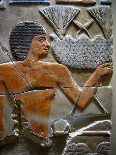 Piedra caliza pintada, dinastía XII, reinado de Sesostris I , años 1961-1917 A.C. Desde la cámara de las ofrendas del templo de la pirámide de Sesostris I, Lisht.