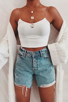 Teen Fashion Outfits, Mode Outfits, 90s Fashion, Modest Fashion, Vintage Fashion, Retro Fashion, Korean Fashion, Fashion Hair, Fashion Pants