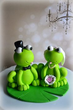 My Second Bride And Groom Figurines I Had In The Same Weeklol This Time As Frogs So Although Personally I Would Not Want Frogs On