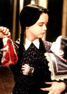 Wenesday Addams in the Addams Family Values. The Addams Family, Addams Family Values, Wednesday Addams, Los Addams, Gomez And Morticia, Morticia Adams, Charles Addams, Carolyn Jones, Christina Ricci