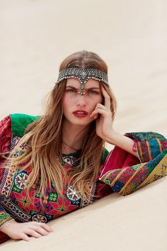 Gorgeously exotic local for gorgeously exotic pieces: Eastern Soul's Jahanara look book is bohemian at its best. Gypsy Style, Hippie Style, Bohemian Style, Boho Chic, My Style, Ethnic Style, Moroccan Style, Hair Style, Hippie Bohemian