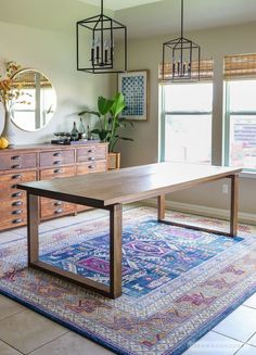 Build a modern dining table - plans by Jen Woodhouse #WoodworkingPlansMidCentury