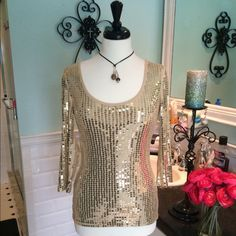 """Selling this """"Gold sequins scoop neck shirt"""" in my Poshmark closet! My username is: tberes103. #shopmycloset #poshmark #fashion #shopping #style #forsale #Express #Tops"""