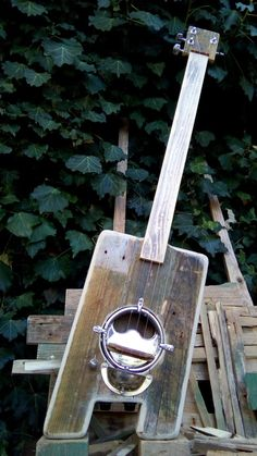 To be or not to be acoustic! Made at Triple Chaos Portugal Pallet upcycle project. Acoustic, Bottle Opener, Pallet, Barware, Upcycle, Portugal, Projects, Diy, Key Bottle Opener