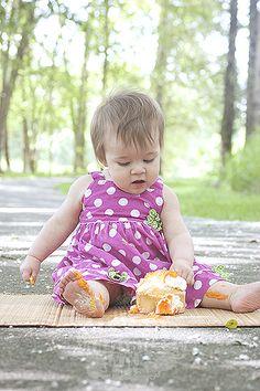 Child Photography | You-Niquely You Photography and Design | Seattle, Washington | 1 Year - Cake Smash