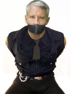 Anderson Cooper in bondage gear, so fucking sexy