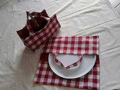 lot de sac à tarte et sac à cake carreaux rouges et blancs : Autres sacs par aufildeladurance