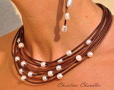 Cuero collar Cascada negro perla perla y por ChristineChandler