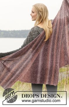 "Knitted DROPS shawl with short rows in ""Delight"" and ""Kid-Silk"". ~ DROPS Design"