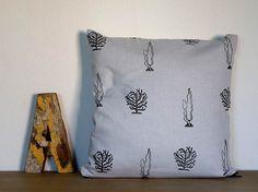Underwater Pillow Cover made from cotton Funda de por FaroStore