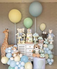 Photo shared by Book Festas Kids on May 2020 tagging Image may contain: 1 person Jungle Theme Birthday, Baby Birthday Cakes, Baby Boy 1st Birthday, Birthday Party Themes, Classy Baby Shower, Baby Shower Deco, Baby Boy Shower, Festa Safari Baby, Safari Party