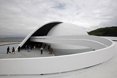 Oscar Niemeyer today is 104 years old