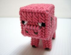 Minecraft Baby Pig ---- HEY HEY!!! For more COOL MINECRAFT stuff, check out http://minecraftfamily.com