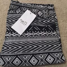 Brand New Tribal Print Rue21 Leggings Never worn with original tags! Size extra small but can fit small! Rue 21 Pants Leggings