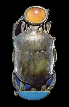 "One of the many pieces of jewelry from Tutankhamun's tomb that spealls out his regnal name - ""Neb-kheperw-Re"""