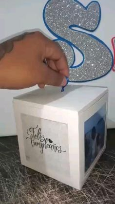 Cute Boyfriend Gifts, Diy Presents For Boyfriend, Diy And Crafts, Paper Crafts, Diy Gift Box, Ideas Para Fiestas, Anniversary Gifts, Surprise Gifts For Him, Mini