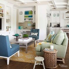 Create a space the whole family will love by using inviting colors, smart furniture choices, and easy organization solutions. Get inspired by these family room ideas that combine style, comfort, and function.