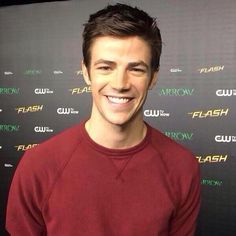 Cutie Grant on the red carpet 22/11/14