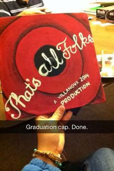 creative graduation caps that's all folks