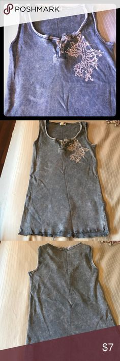 Blue gray Celtic cross distressed tank top stones Preowned condition oneworld Tops Tank Tops