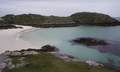 ACHMELVICH BEACH, Highlands [SCOTLAND] The road undulates past Lochinver and ends in a large car park. There are toilets with hot water (useful if you are in a camper) but no overnight parking allowed. There is a youth hostel and campsite nearby. Popular and well-known for kayaking the small bay holds a beauty that belies the caravans stationed above and the waters are crystal clear even on a grey day. There is a second, more secluded bay a 5-minute walk away. #wildbeach © Beth Reeves