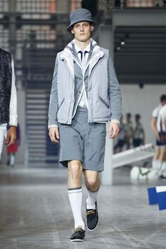 A look from the Moncler Gamme Bleu Spring 2016 Menswear collection.