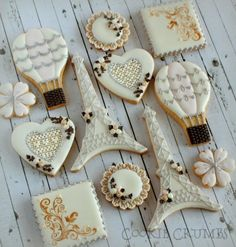 Spring in Paris cookies por mint_lemonade Fancy Cookies, Iced Cookies, Cute Cookies, Royal Icing Cookies, Cupcake Cookies, Sugar Cookies, Oreo Cupcakes, Mint Lemonade, Iced Biscuits