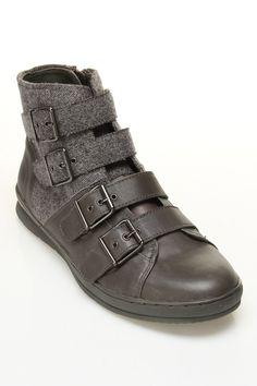 Volume 2 Ltd Sneaker In Gray