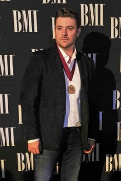 """Have I mentioned how much I Love this man :) It's well deserved Chris :) Chris Young walked the carpet into the annual BMI Country Awards on Tuesday night for the first time as a BMI writer — and he was being honored for his song """"You. Country Singers, Country Music, Country Artists, Chris Young Songs, Alan Young, George Strait, Young Family, Love To Meet, Luke Bryan"""