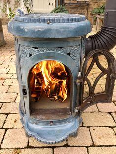 Tiny Wood Stove, Art Nouveau, Art Deco, Wood Stoves, Keep Warm, French Antiques, Survival, Home Appliances, Vintage